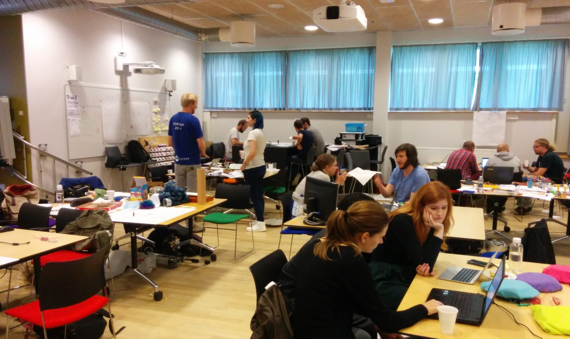 Hybrid Learning Spaces - Design, Data, Didactics